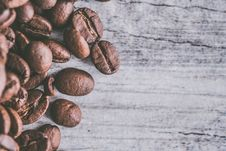 Free Brown Coffee Beans Stock Images - 109928954