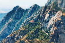 Free Grey Rocky Mountain With Trees Royalty Free Stock Photo - 109929335
