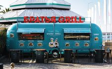 Free Green Barbecue Grill Food Stall Stock Photography - 109973292