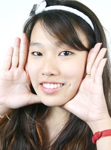 Free Young Attractive Asian Girl Royalty Free Stock Photography - 1105987
