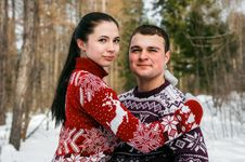 Free Woman In Red And White Christmas Theme Sweater Royalty Free Stock Photos - 110418118