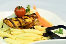 Free Macaroni With Tomato And Grilled Chicken Royalty Free Stock Photo - 110501045
