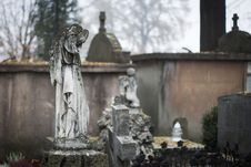 Free Cemetery, Grave, Statue, Monument Stock Photography - 110551892