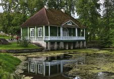 Free Cottage, Water, House, Reflection Royalty Free Stock Photos - 110613428