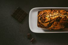 Free Chocolate Bread On White Ceramic Plate Royalty Free Stock Photography - 110655097
