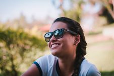 Free Woman Wearing Black Ray-ban Sunglasses Stock Image - 110655201