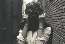 Free Grayscale Photo Of Women Stock Photo - 110796400