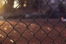 Free Gray Metal Chain Link Fence Close Up Photo Stock Photography - 110885622