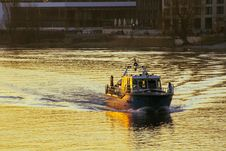 Free Waterway, Water Transportation, Water, Boat Stock Photos - 110936533