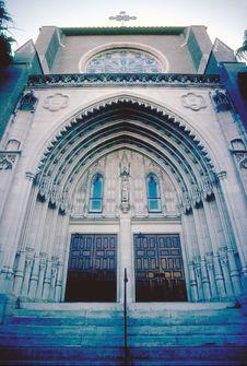 Free Low Angle Perspective Of Church Entrance Royalty Free Stock Image - 1111666