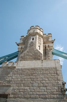 Free Tower Bridge Wall Royalty Free Stock Image - 1114486