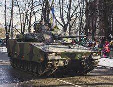 Free Black And Green Camouflage Military Tank Parade Stock Photography - 111070112