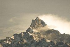 Free Fog Covered Mountain Wallpaper Stock Photo - 111169920
