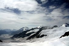 Free White Snow-capped Mountain Royalty Free Stock Photography - 111217147