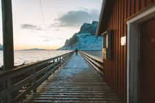 Free Man Standing On Pier Stock Images - 111217244
