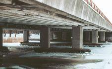 Free Gray Concrete Bridge Royalty Free Stock Images - 111364679