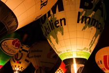 Free Yellow, Hot Air Balloon, Hot Air Ballooning, Light Royalty Free Stock Photography - 111498577