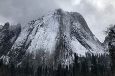 Free Grey Snowy Mountain Top Stock Photography - 111545452