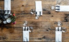 Free High-angle Photography Of Utensils With Napkins Stock Photo - 111615210