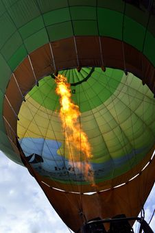 Free Hot Air Balloon, Hot Air Ballooning, Sky, Atmosphere Of Earth Royalty Free Stock Image - 111642716