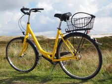 Free Bicycle, Road Bicycle, Bicycle Wheel, Bicycle Frame Royalty Free Stock Photos - 111643888
