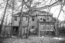 Free House Surrounded With Trees On Grayscale Photography Stock Image - 111685591
