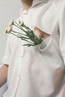 Free Man In White Button-up Shirt With White Flowers Royalty Free Stock Image - 111823676