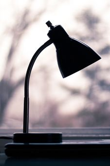 Free Silhouette Of Black Desk Lamp Royalty Free Stock Photography - 111823717
