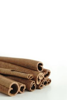 Free Cinnamon Sticks Royalty Free Stock Images - 1123919
