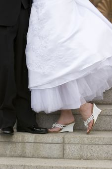Free Bride And Groom S Feet In Shoes Royalty Free Stock Images - 1124799