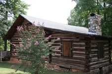 Free Log Cabin Royalty Free Stock Image - 1126446