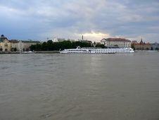 Free Heavy Sky And Flooded Danube In Bratislava Royalty Free Stock Photo - 1127045
