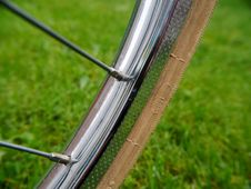Free Road Bicycle, Grass, Bicycle Frame, Bicycle Stock Image - 112041371