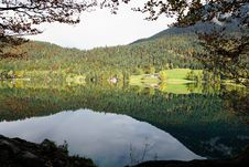 Free Reflection, Nature, Water, Tarn Royalty Free Stock Image - 112043896