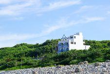 Free Sky, Promontory, Sea, Tree Stock Photos - 112044183