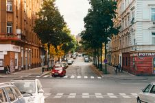 Free Photo Of Roadway Cross Between Buildings Stock Photos - 112089873