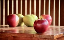 Free Apple, Fruit, Local Food, Produce Royalty Free Stock Images - 112120399