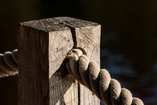 Free Wood, Rope, Hardware Accessory Royalty Free Stock Images - 112120719