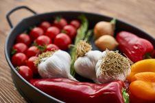 Free Natural Foods, Vegetable, Food, Vegetarian Food Stock Photo - 112120820