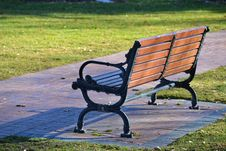 Free Black And Brown Wooden Bench Photo Stock Photos - 112184493