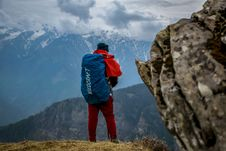 Free Man Wearing Red Pants On Cliff Royalty Free Stock Image - 112184586