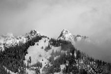 Free Birds Eye View Photo Of Mountain During Winter Stock Photography - 112184632