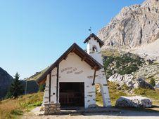 Free Hut, Mountain, Mountain Range, Cottage Royalty Free Stock Photo - 112277845