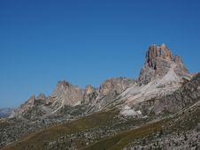 Free Mountainous Landforms, Mountain, Mountain Range, Ridge Royalty Free Stock Photo - 112278275