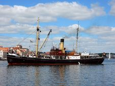 Free Ship, Watercraft, Motor Ship, Tugboat Royalty Free Stock Photo - 112278515