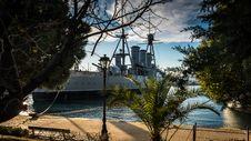 Free Gray Boat Near Trees Photo Stock Photography - 112301582