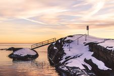 Free Photo Of Cliff With Bridge And Snow Stock Images - 112301594