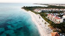 Free Aerial View Of White Sand Beach Royalty Free Stock Photography - 112308797