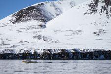 Free Snow Covered Mountain Photo Royalty Free Stock Photos - 112565048