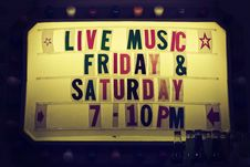 Free Live Music Friday & Saturday 7-10 Pm Signage Stock Image - 112565081